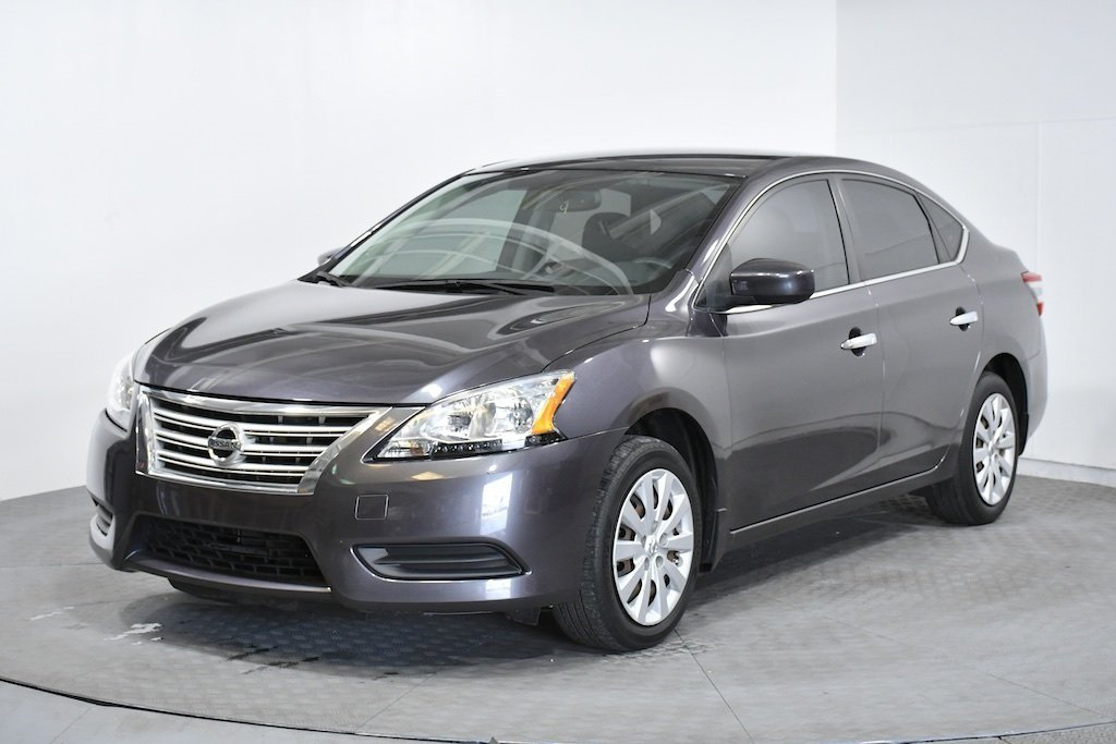 Pre-Owned 2014 Nissan Sentra SV