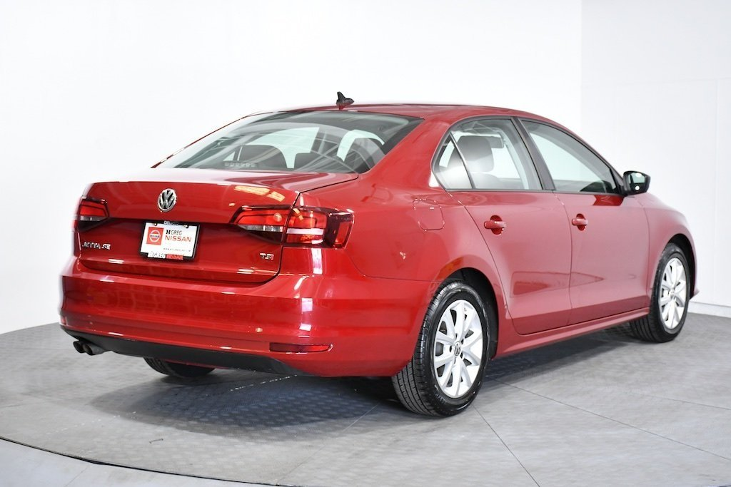 Pre-Owned 2016 Volkswagen Jetta Sedan 1.4T SE